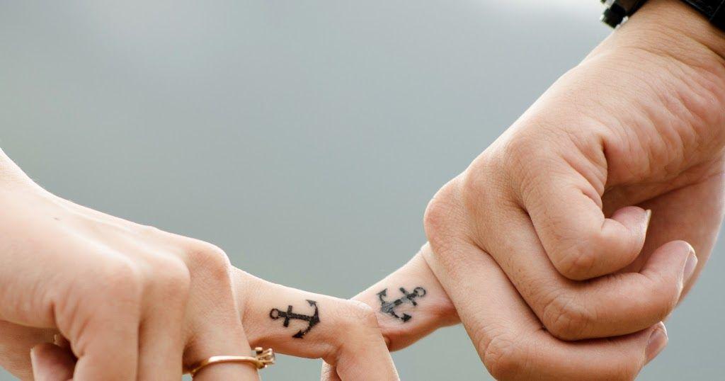 صور حيل حلوه رمزيات جديدة للواتس اب نشاركها معكم عبر موقعنا أحلي صورة ونعرض لكم كوليكشن جديدة و مميزة من اجمل الخلف Paw Print Tattoo Print Tattoos Paw Print