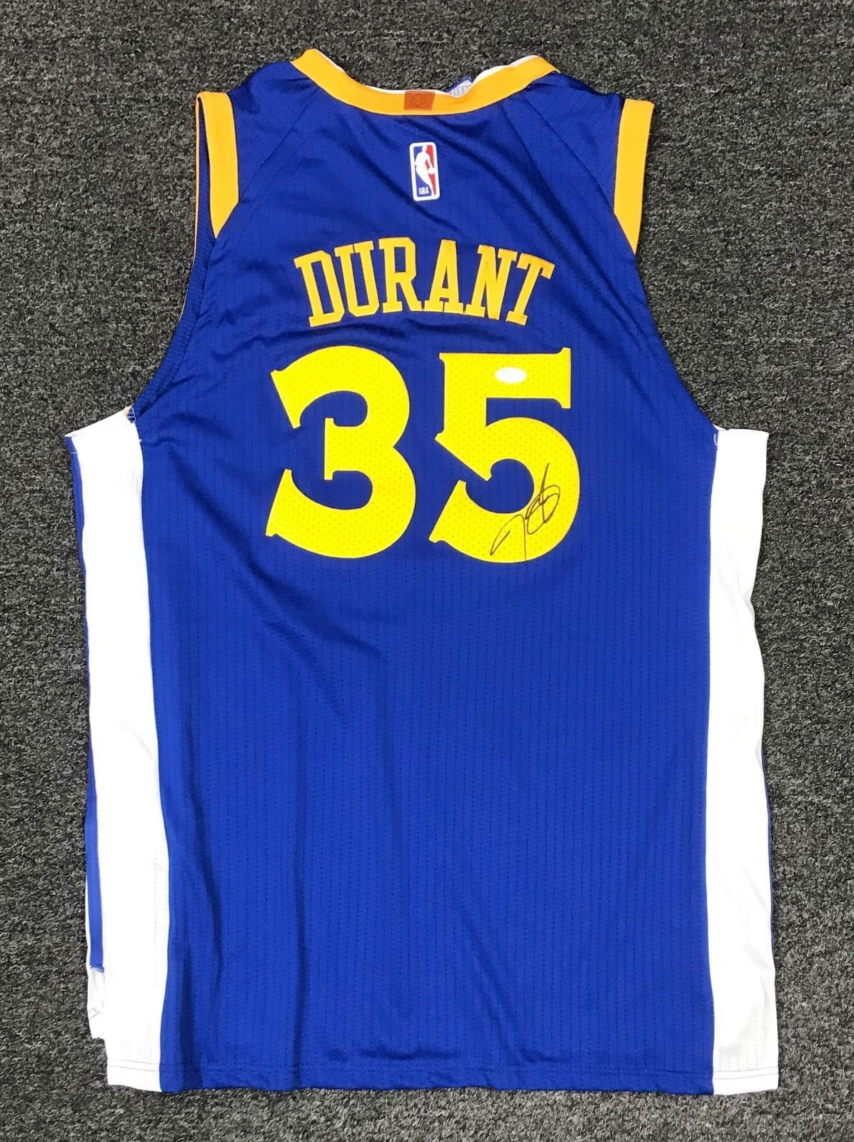 ff790df1d Kevin Durant  35 Signed GS Warriors Jersey Autographed Sz 52 JSA Sticker  ONLY  Basketball