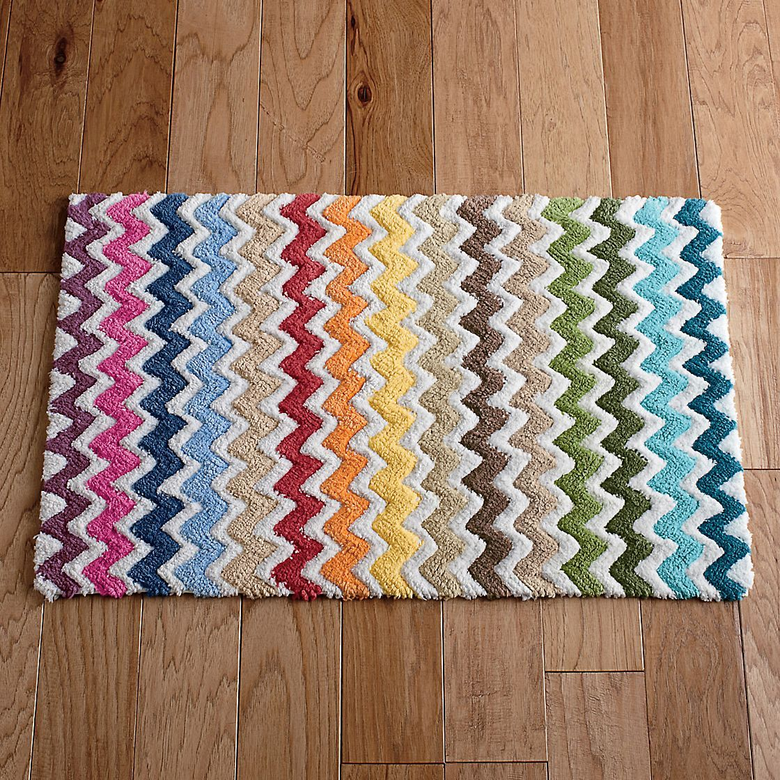 Using Bold Colors In The Bathroom: Bath Rugs, Zig Zag And Bold Colors