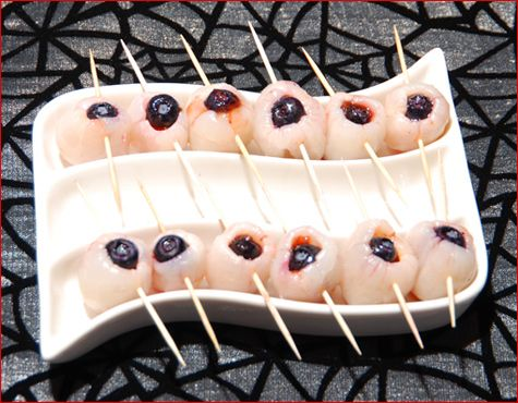 Pina Ghouladas With Speared Eyeballs Halloween Food For Party Coctails Recipes Halloween Snacks