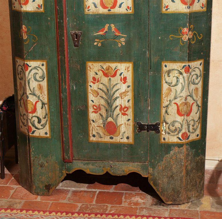 Austrian Painted Armoire At 1stdibs Mobilier De Salon Meubles Peints Peindre