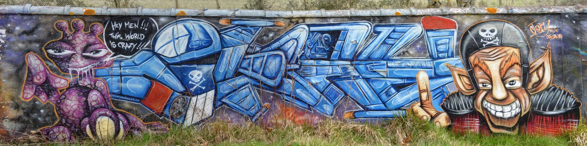 Street art au bord de l'aqueduc à Villabé - Pièce en couleur 20160324091