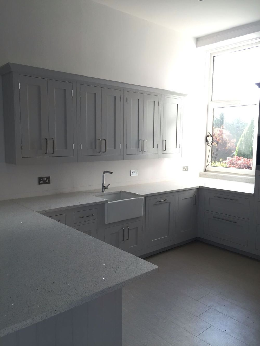 Best Harvey Jones Shaker Kitchen In Farrow And Ball Dimpse 400 x 300