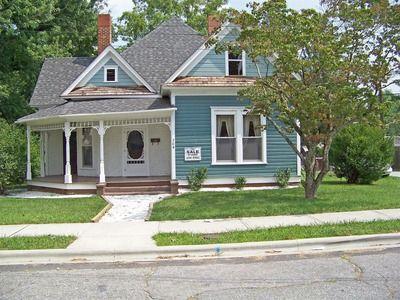 Hendersonville Home Hendersonville Fixer Upper Zillow