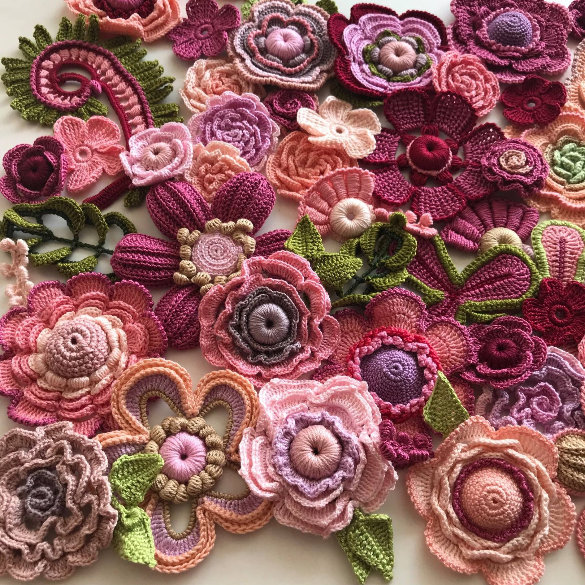 Best 12 Easy and cute free crochet flowers pattern image ideas for new season 2019 page 2 of 36 – Artofit #irishcrochetflowers