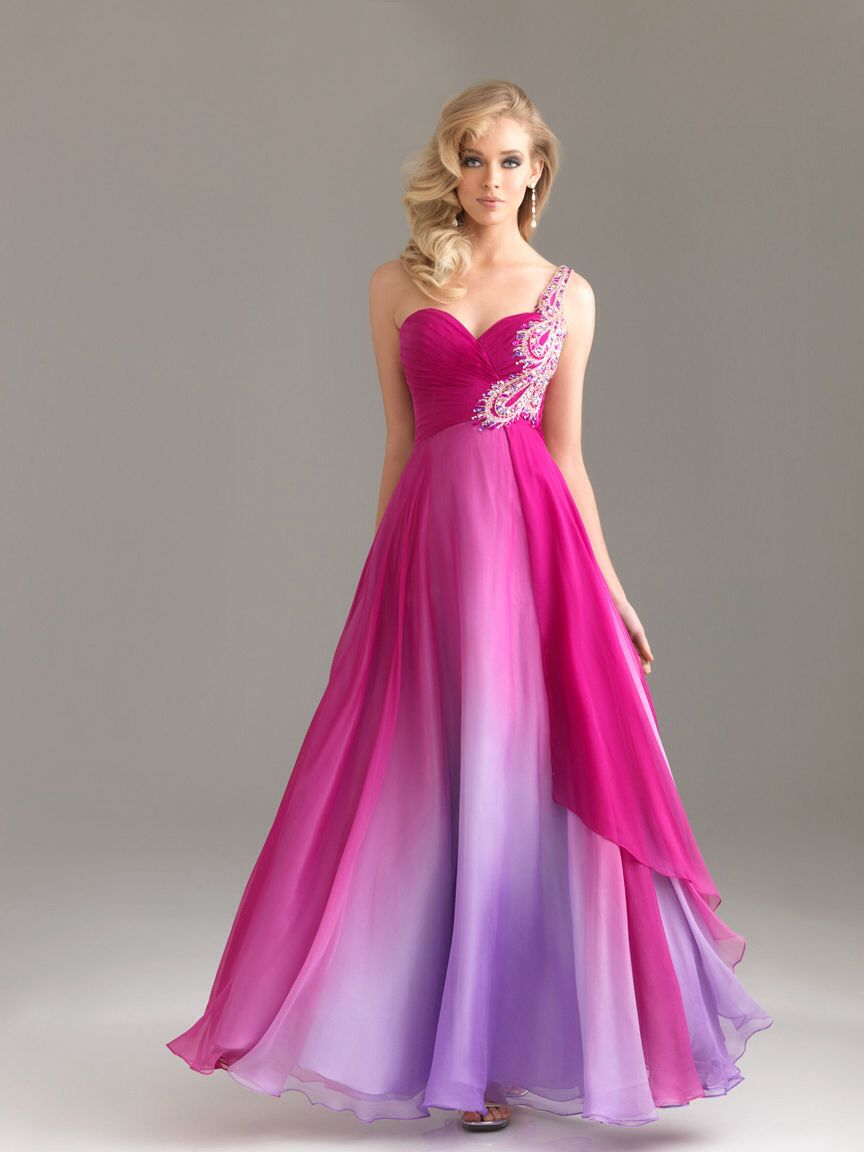 I love the bottom of this dress because it changes into purple and ...