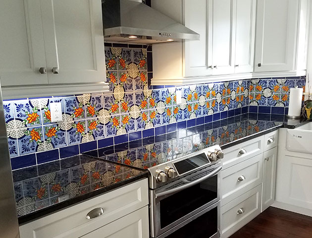 Spice Up Your Kitchen Add A Splash Of Color To Your Kitchen Backsplash With Our Talavera Tiles Th Mexican Style Kitchens Mexican Home Decor Kitchen Interior