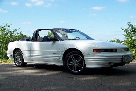 Brantly1 S 1993 Oldsmobile Cutlass Supreme In Castana Ia Oldsmobile Cutlass Supreme Oldsmobile Oldsmobile Cutlass