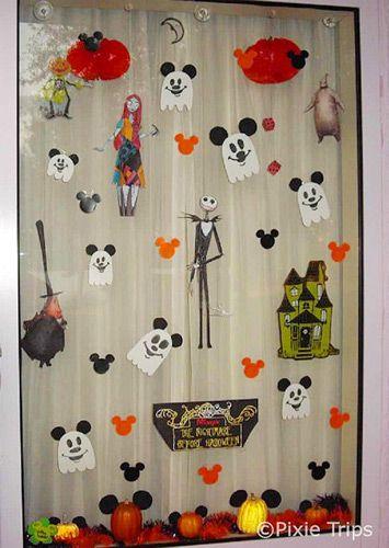 Decoration Halloween Disney : Decorated hotel window disney pinterest