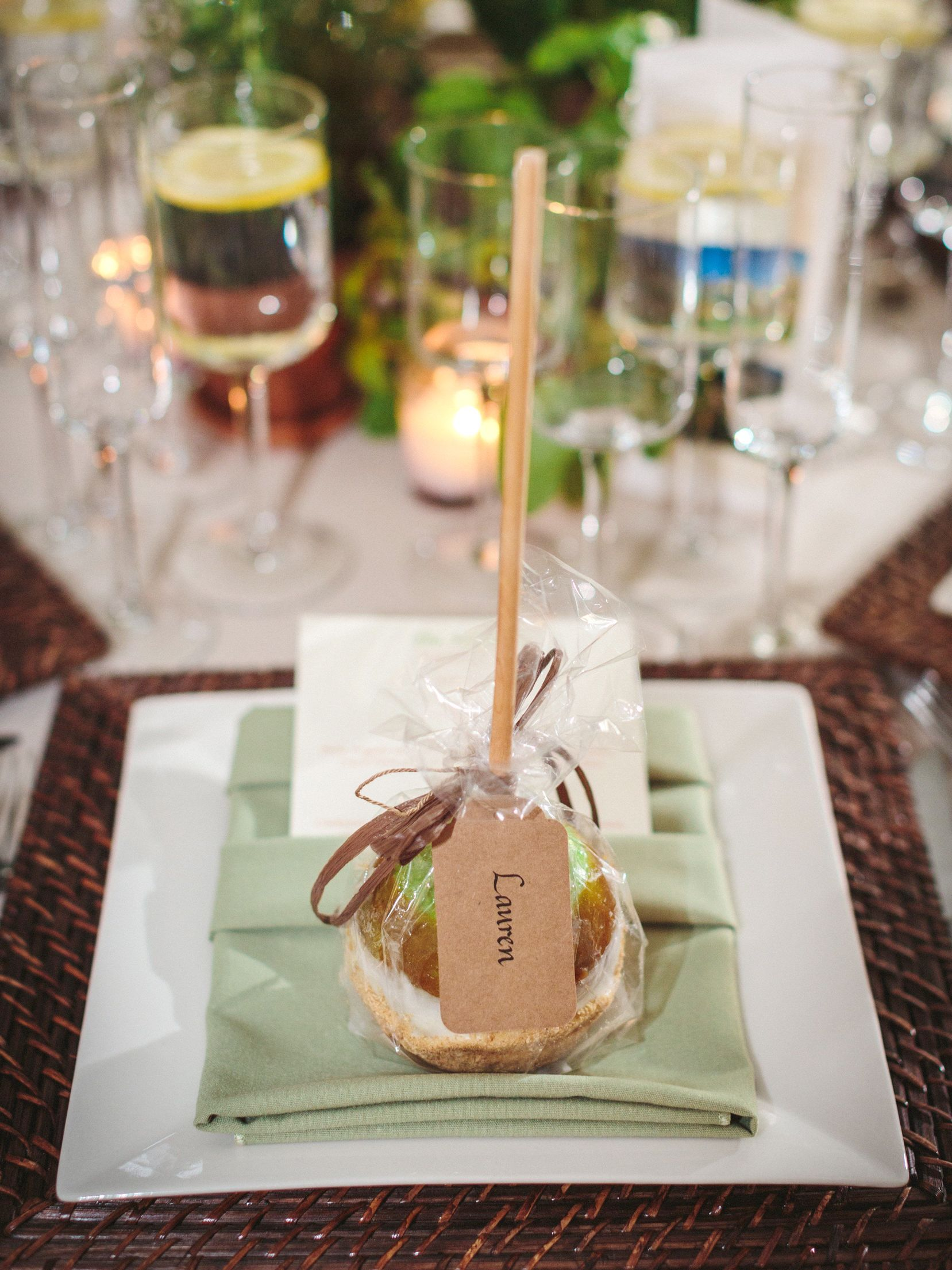20 Fall Wedding Favor Ideas Your Guests Will Love Favors