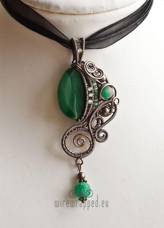 Emerald green fantasy pendant