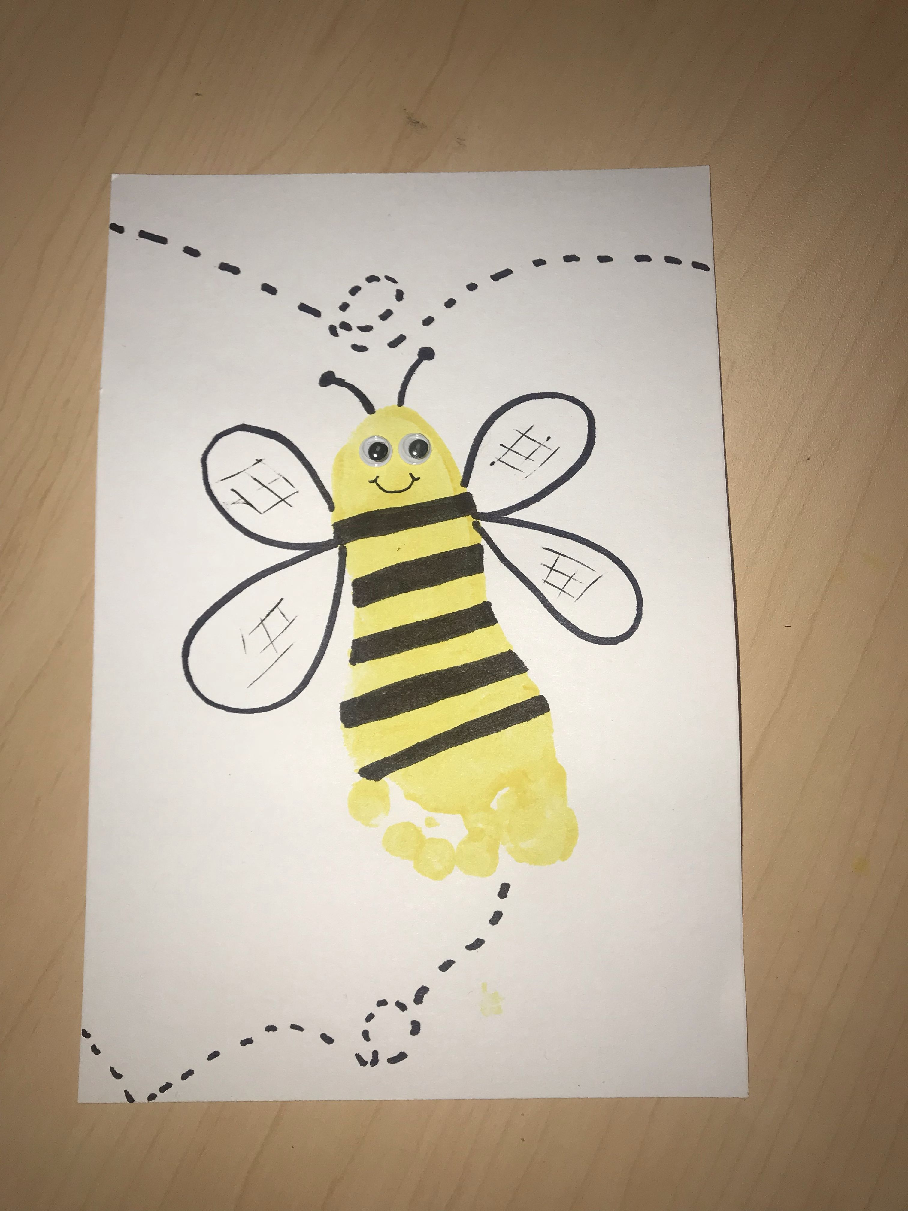 A Bee Craft For Letter Bb Week For Preschoolers Toddlers