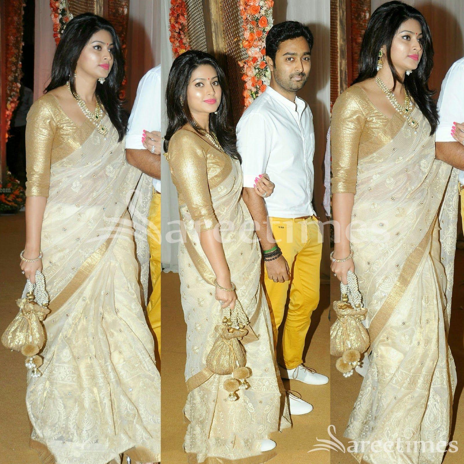 6d8d90e90e8af0 sareetimes: Half White Saree … Sneha Saree, Kanchipuram Saree, Golden Saree,  Golden