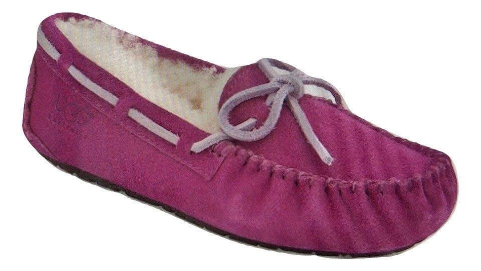 49da676e429 Ugg Australia Girls Dakota Magenta Slippers Size 2 #UGGAustralia ...