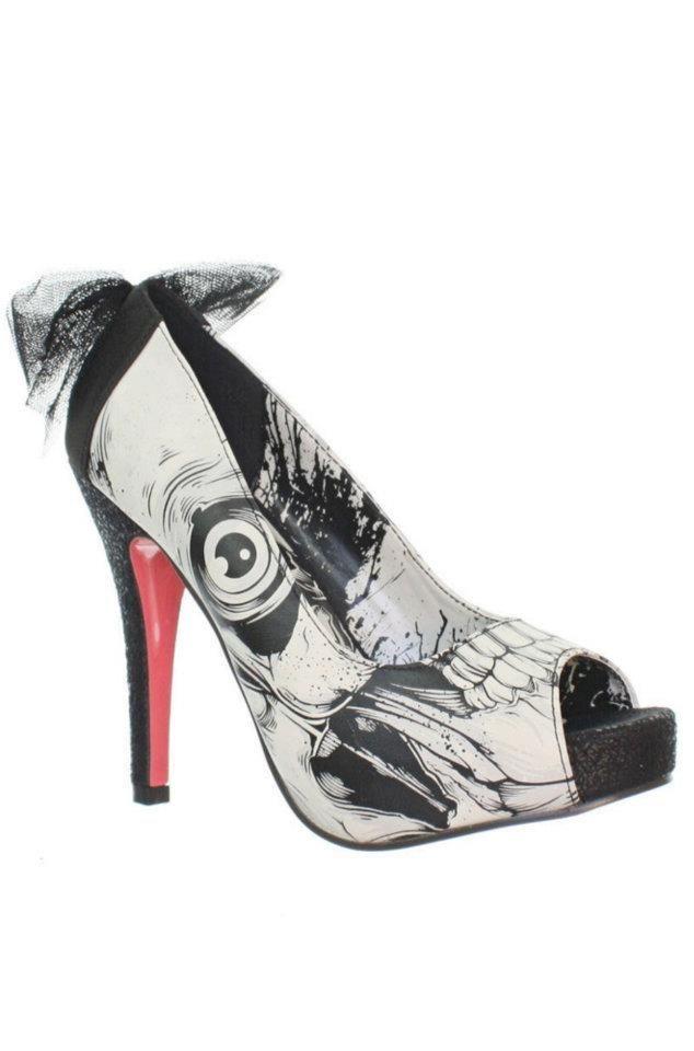 Iron Fist Bone Breaker Platform... I love heels with details!
