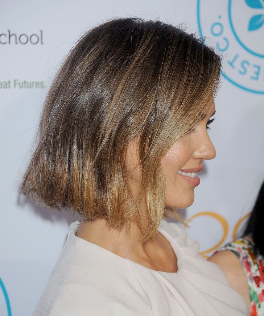 Need Inspiration To Get A Short Haircut Jessica Alba S Blunt Bob Is Chic Hairstyle And Looks Great With Variety Of Textures Colors