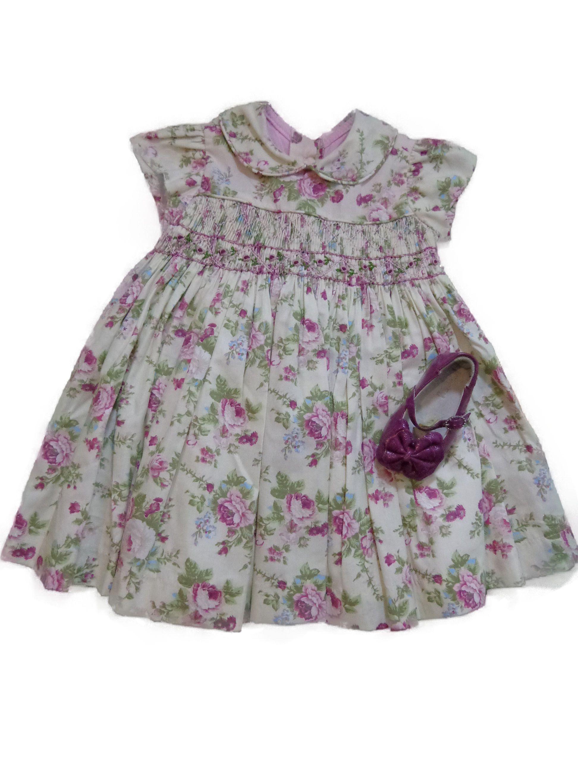 Preview de lançamento da coleção verão Guguili!!! Vestido com estampa  floral com bordado b11feb3654