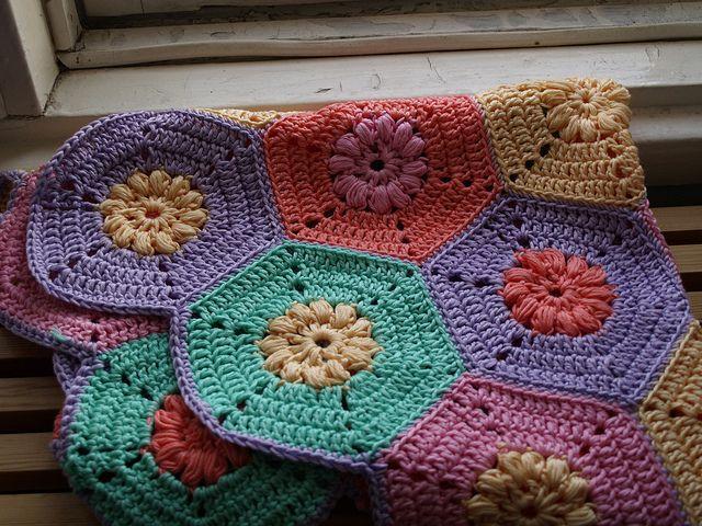 Crochet block table cloth by Ladetsu, via Flickr