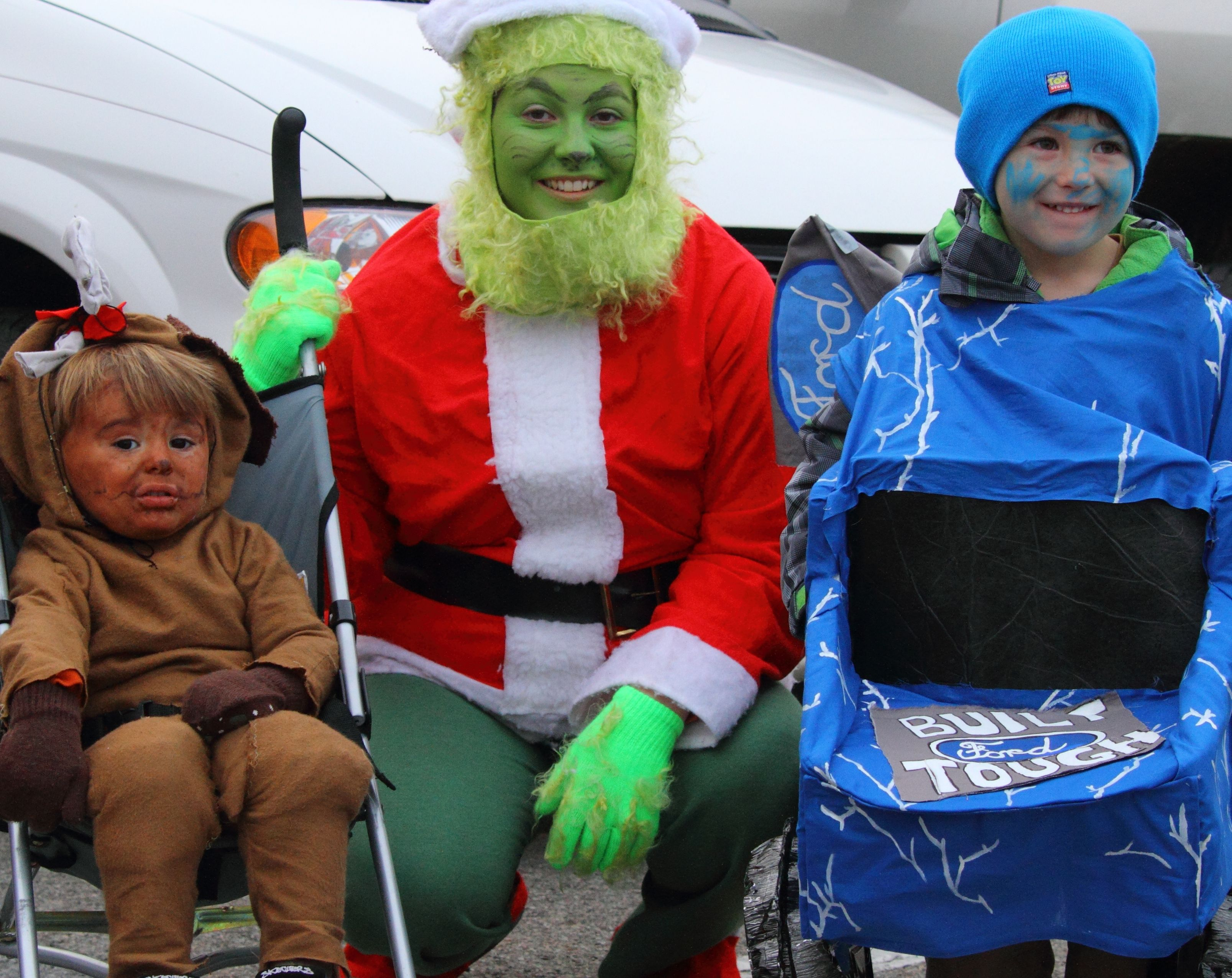 """""""Max"""" (the dog from The Grinch), The Grinch and Blue"""