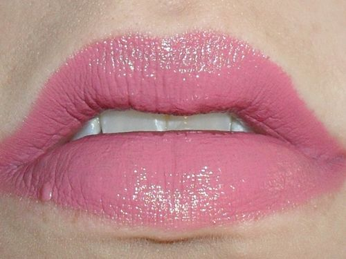 NYX Round Lipstick Paris