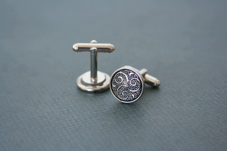 Triskele cuff links celtic symbol triskelion spiral made with triskele cuff links celtic symbol triskelion spiral made with buttons by angleah on etsy buycottarizona Images