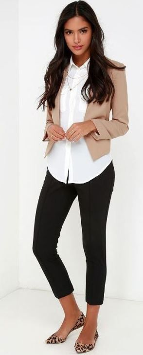 46e71608b29 20 Cute Outfits With Black Leggings To Copy | work style | Comfy ...