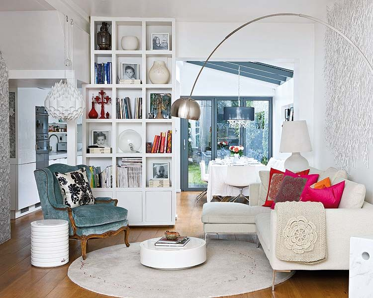 10 Charming Living Room Design Ideas Arco floor lamp, Small spaces - Simple Living Room Designs