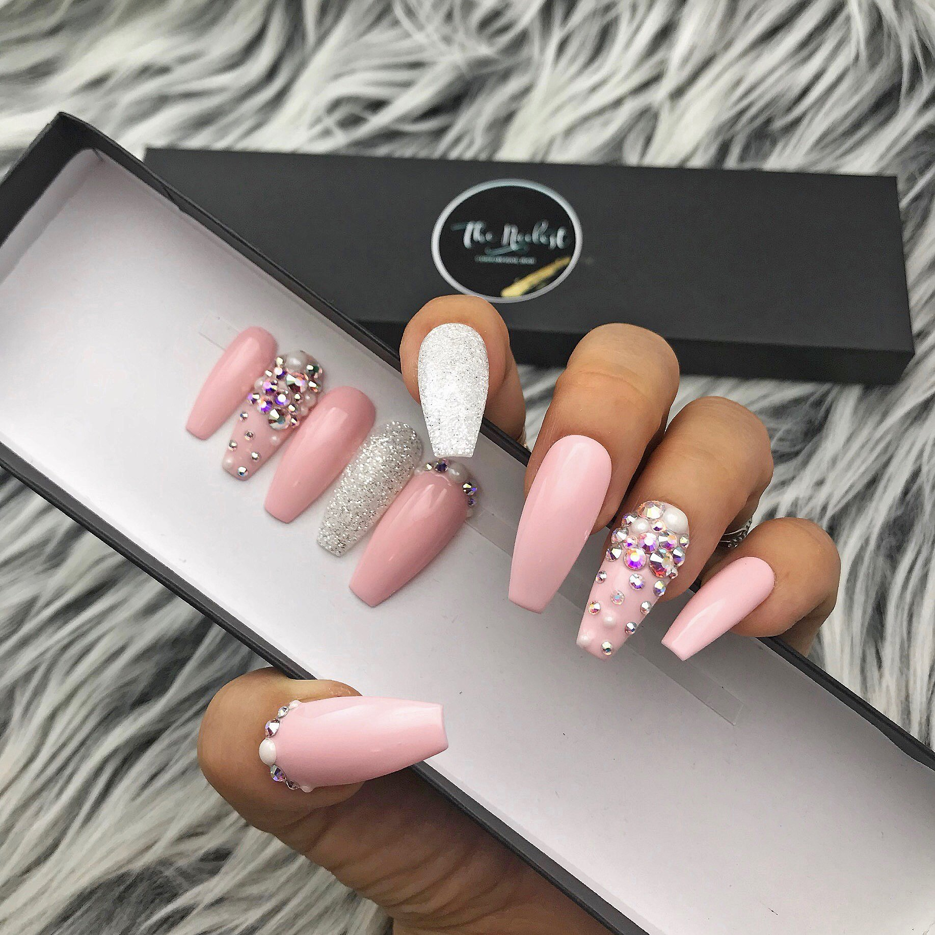 Handmade Glossy Pinklady Pearl Glitter Bling Crystal Ombre Glue On Nails Pink Nails Coffin Nails Matte