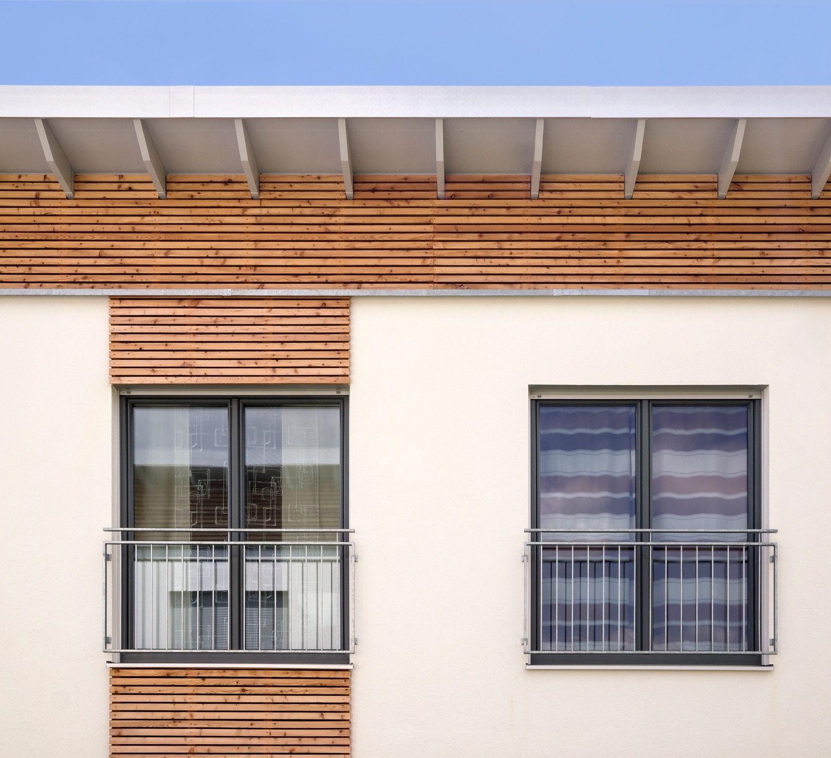 Rhombus Schalung um die Fenster geben Ihrem Haus eine individuelle ...