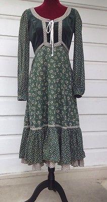 beautiful green velvet bodice corset hippie boho gunne sax