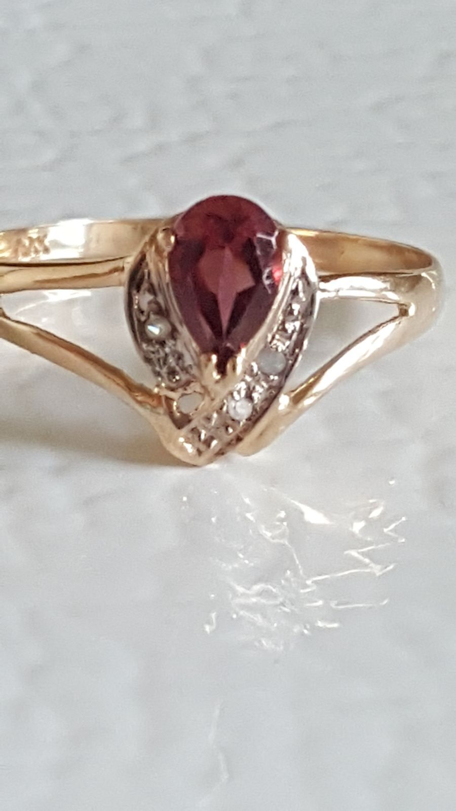 Price Is Firm Solid 10kt Yellow Gold Garnet Diamond Ring Size 7 5 Not Plated Or Filled Genuine Garnet Half A Carat And 3 Natural Diamo Natural Diamonds Bling Rings