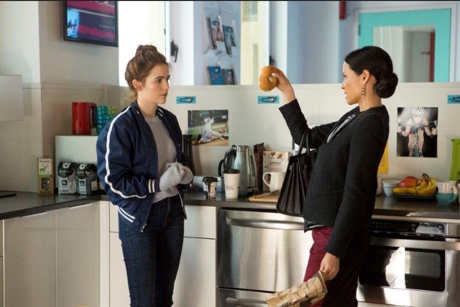 Lucy Liu And Zoey Deutch In Set It Up 2018 Tv Fashion In
