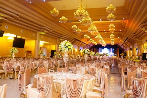 traditional yoruba wedding at the oriental hotel lagos - Traditional Hotel Decoration