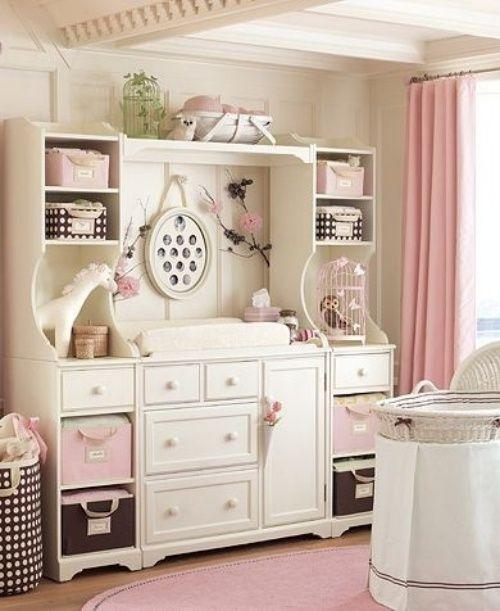 11 ideen wickeltisch im babyzimmer rosa dekoration   babyzimmer, Schlafzimmer design