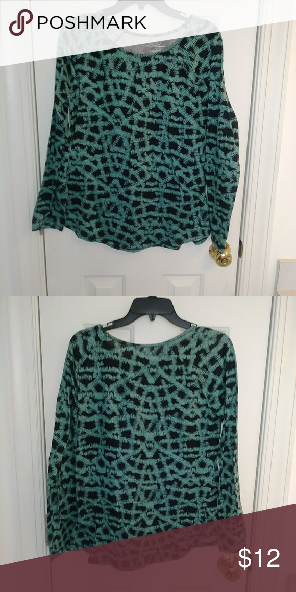 2eda1d115acd79 Kim Rogers blouse Kim Rogers blouse green and black in GUC. Kim Rogers Tops  Blouses