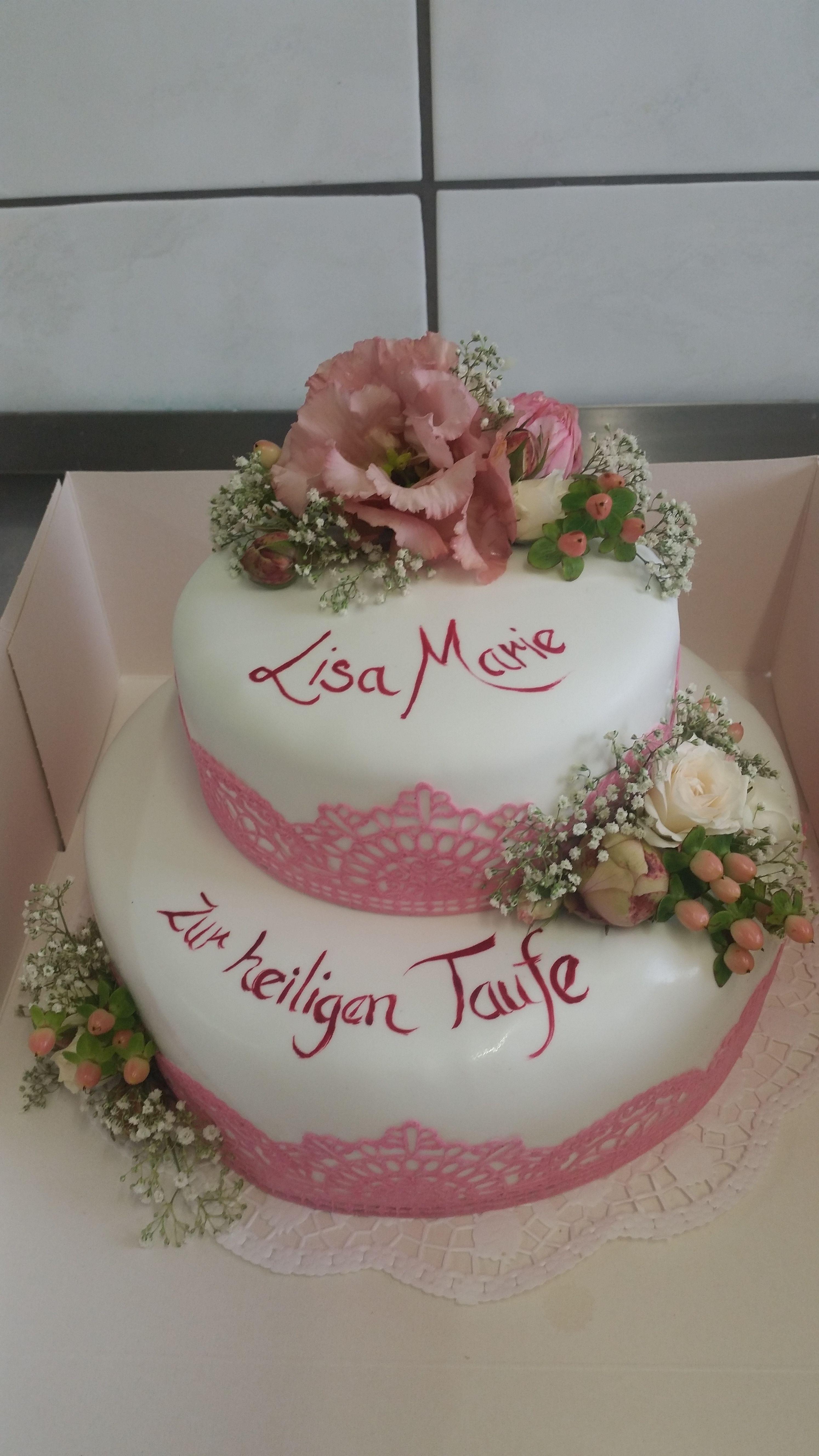 Tauftorte Vintage Rosa Madchen Essbare Spitze Frische Blumen Tauftorte Mit Fondant Christening Taufe Kuchen Motivtorten Taufe Madchen Tauftorten Madchen
