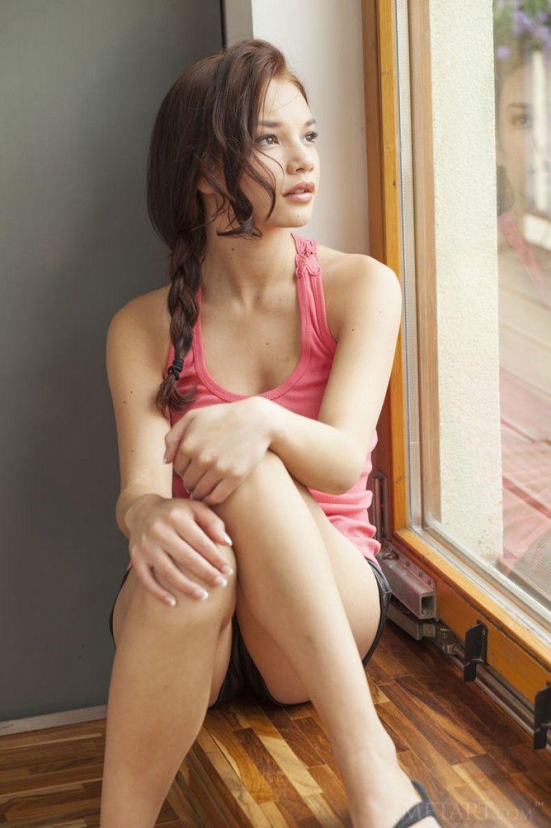 Nici Dee Nude Photos 6