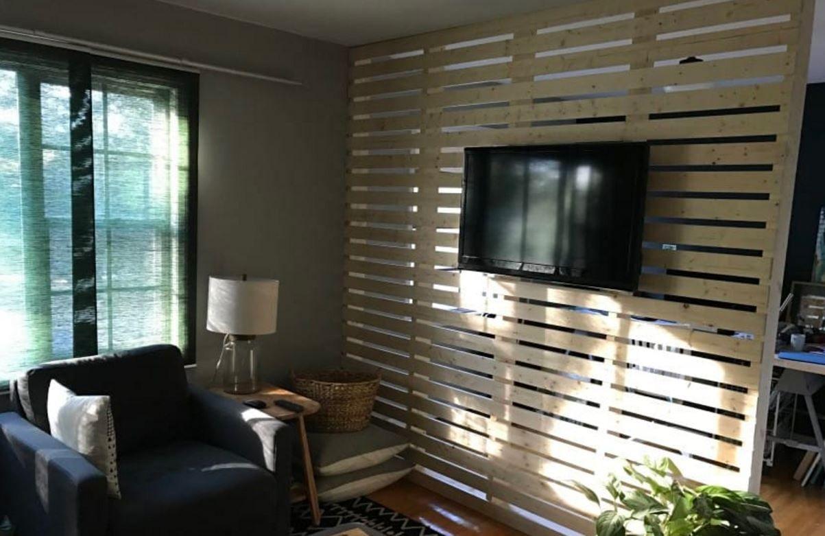 DIY Wood PlankSlat Wall Divider Home DIY Projects In 2019 Room Divider Walls Diy Room