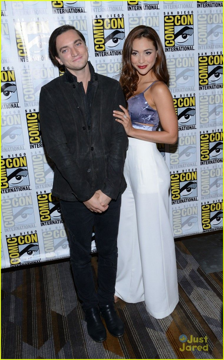 Richard Harmon And Lindsey Morgan At The Comic Con 2016 Comic Con