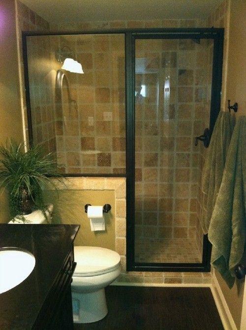 Attraktiv Узкая ванная комната: фото планировки и интерьера