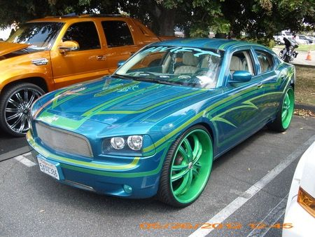 This Is A Nice Cool Style Of Car I Like The Combination Of Colours - Nice cool cars