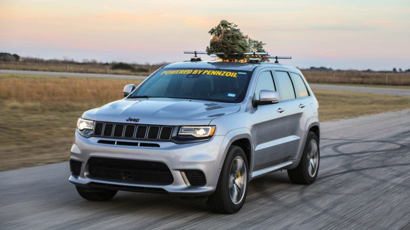 Hennessey Hauls A Christmas Tree Home At 181 Mph In A Jeep Jeep Jeep Grand Cherokee Hellcat Engine