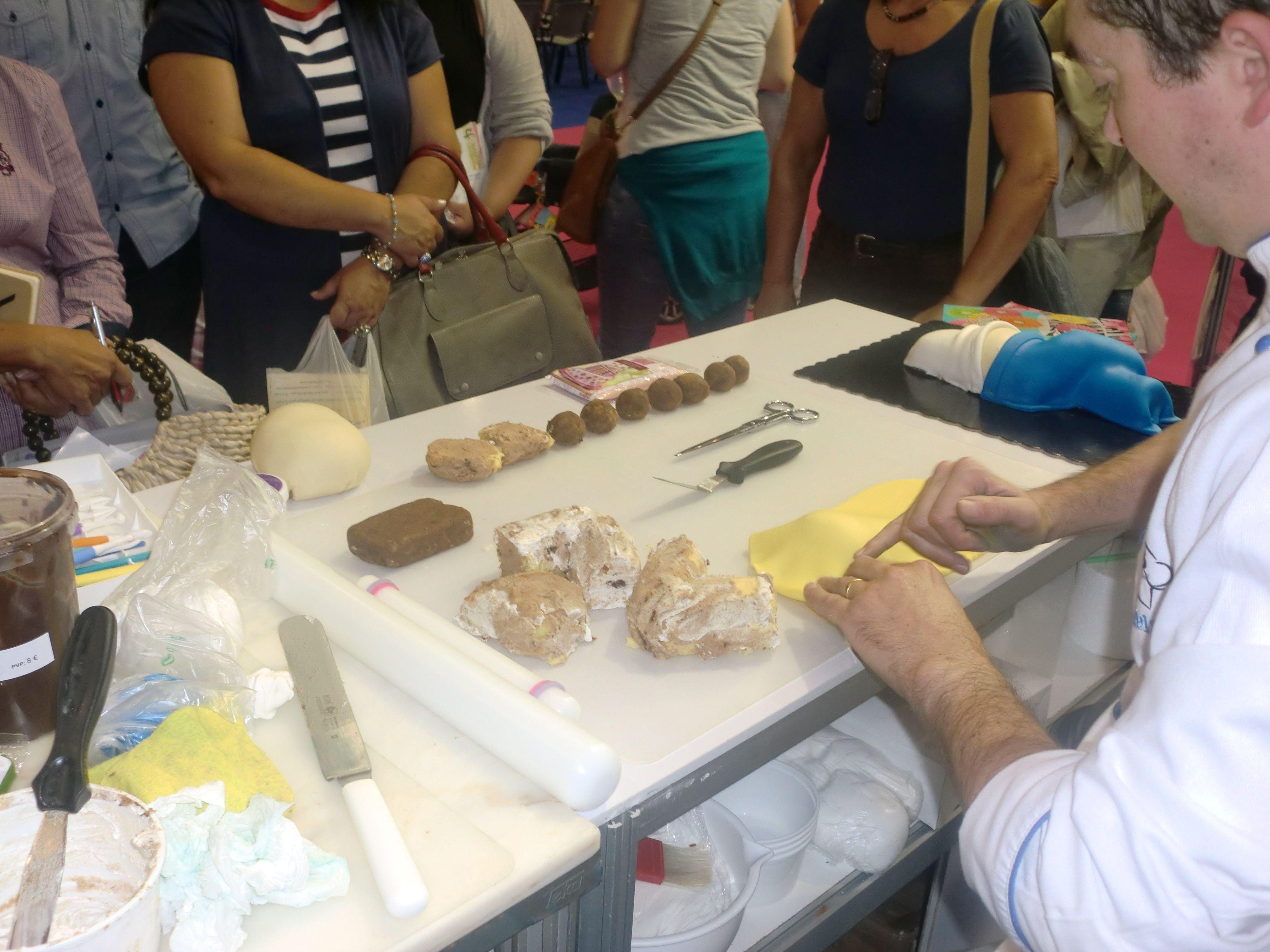 Demonstração de Bolo Esculpido