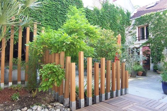 Garde corps barri re jardinage pinterest poteau for Idee massif exterieur