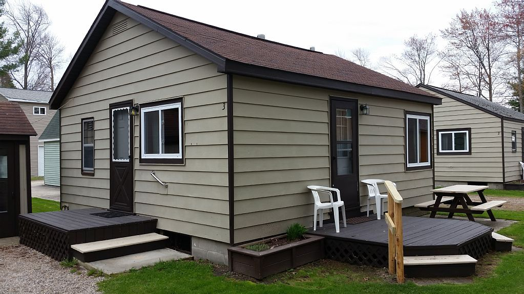 Cabin Vacation Rental In Houghton Lake, MI, USA From VRBO.com! #