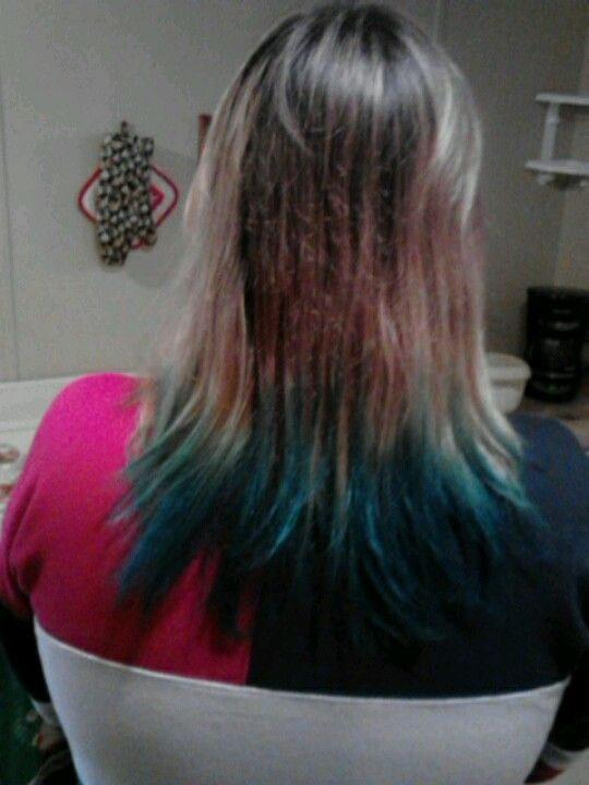 My First Attempt Combined Mixed Berry And Grape Wanted It More Blue But The Aqua Teal Color Came Out Good Dip Dye Hair Kool Aid Dip Dye Hair Kool Aid Hair Dye