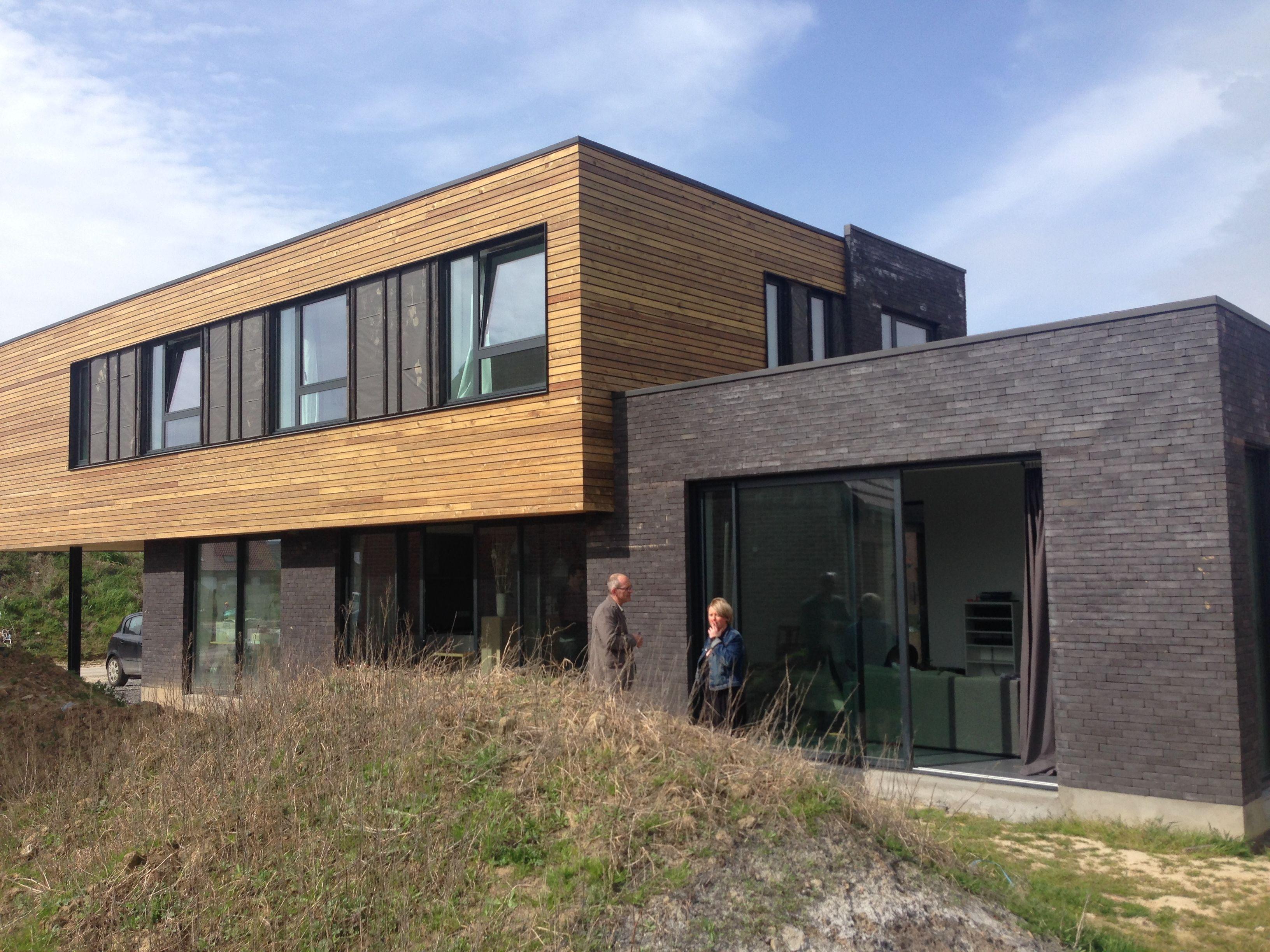 maison bardage meleze et brique   Maison ossature bois ...