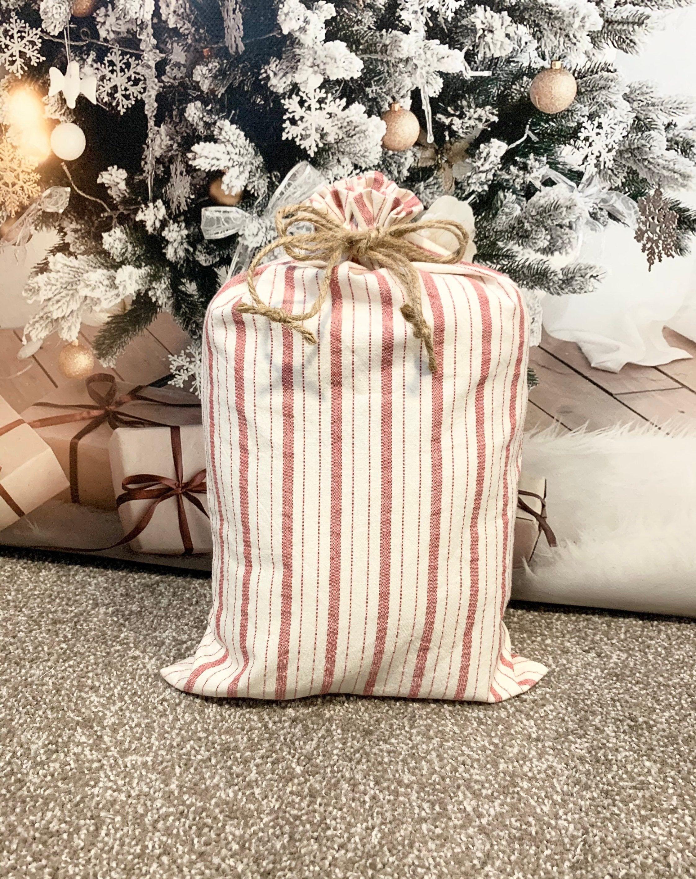 Item BG94 Decorated Christmas Ornaments Fabric Gift Bag