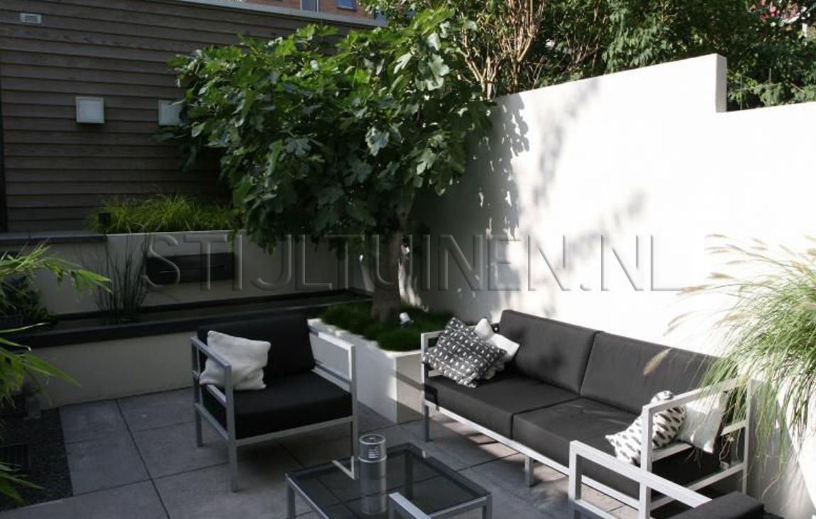 Pin van gina bro op tuin pinterest tuinen amsterdam for Tuinontwerp kleine tuin strak
