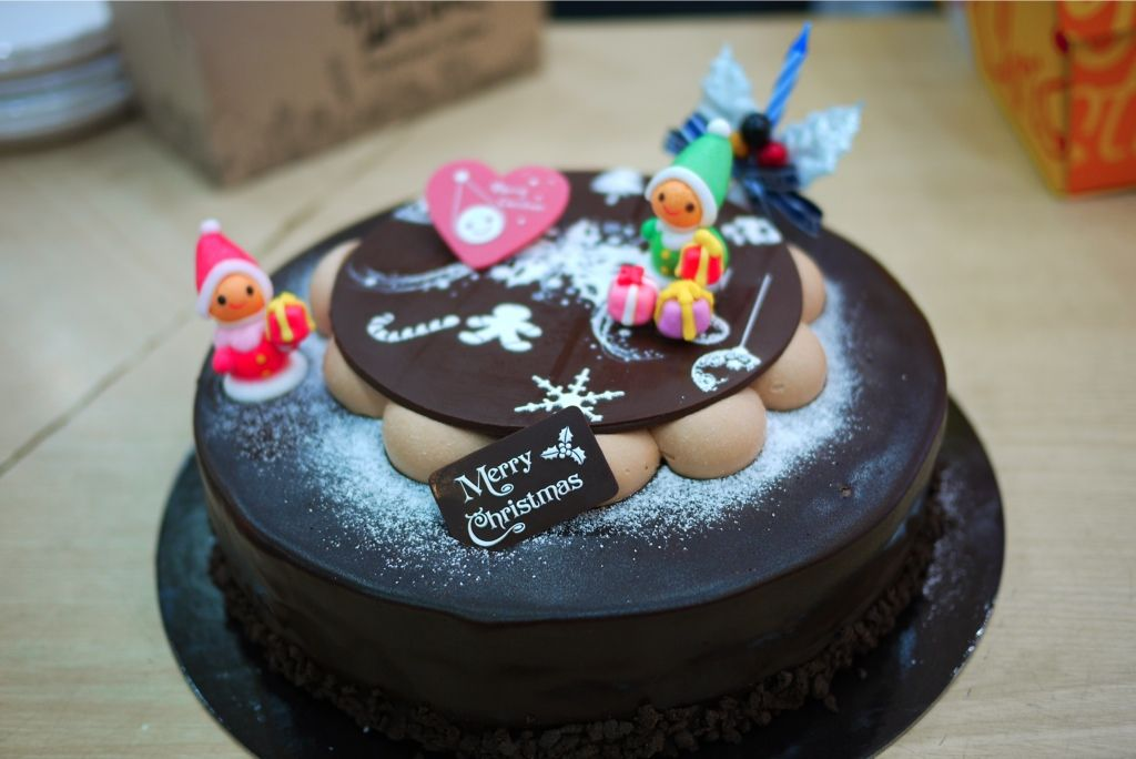Christmas Cakes In Seoul Korea Eatsseoul Eats